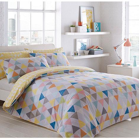 . Ben de Lisi Home White  Triangles  bedding set   Debenhams
