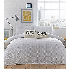 Ben de Lisi Home - White embroidered 'Hoxton' bedding set
