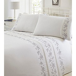 Home Collection - White embroidered 'Lilac' bedding set