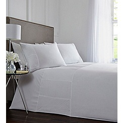 Home Collection - White pleated 'Oliver' bedding set