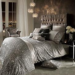 Kylie Minogue at home - Esta silver standard pillowcase