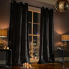 Kylie Minogue at home - Iliana black curtain