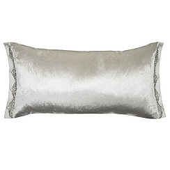 Kylie Minogue at home - Oyster 'Mistico' cushion