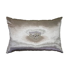 Kylie Minogue at home - Cream 'Naomi' oyster cushion