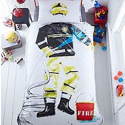 Ben de Lisi Home - Character printed 'Fireman' bedding set