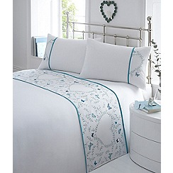 Home Collection - White embroidered detail 'Gwyneth' bedding set