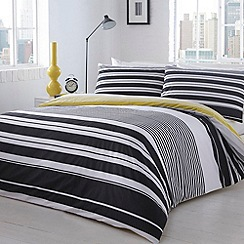 Home Collection - Black 'Manhattan' striped bedding set