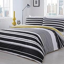 Home Collection - Black 'Manhattan' striped bedding set