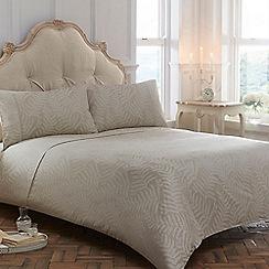 Home Collection - Cream 'Florrie' bedding set