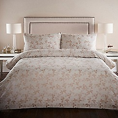 Home Collection - 'Ella' natural jacquard bedding set