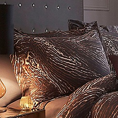 Star by Julien Macdonald - Light brown 'Sienna' 200 thread count leopard print Oxford pillow case pair