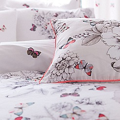 Accessorize - White floral print butterfly bedding set