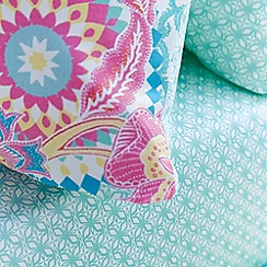 Accessorize - Light green 'Bali' floral sheet set
