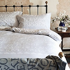Emma Bridgewater - Silver 'Black Toast' bed linen