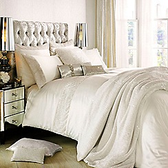 Kylie Minogue at home - Ivory glitter bed linen