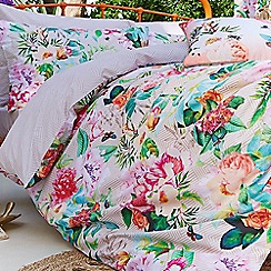 Accessorize - White 'Digital Botanical' bedding set
