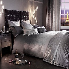Kylie Minogue at home - Silver 'Ombre' bedding set