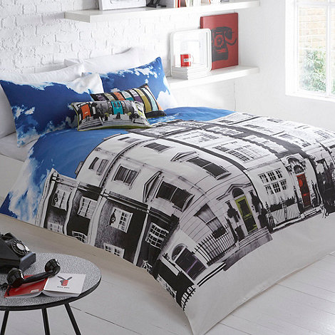 Ben de Lisi Home - White +Houses+ bedding set