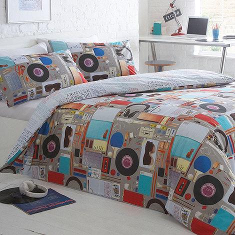 Ben de Lisi Home - Designer grey +Clutter+ bedding set