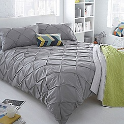 Ben de Lisi Home - Grey ruched 'Brooklyn' bedding set