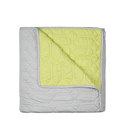 Ben de Lisi Home - Designer green geometric throw