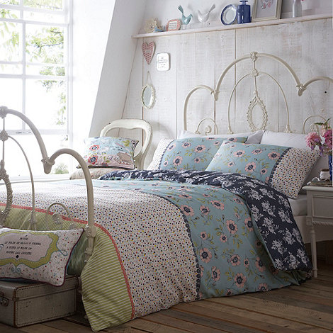 At home with Ashley Thomas - Patchwork +Heirloom+ bed set