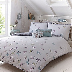 At home with Ashley Thomas - White 'Songbirds' bedding set