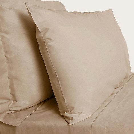 Debenhams - Cream cotton rich percale fitted sheet