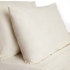 Home Collection Basics - Cream polycotton pillow case pair