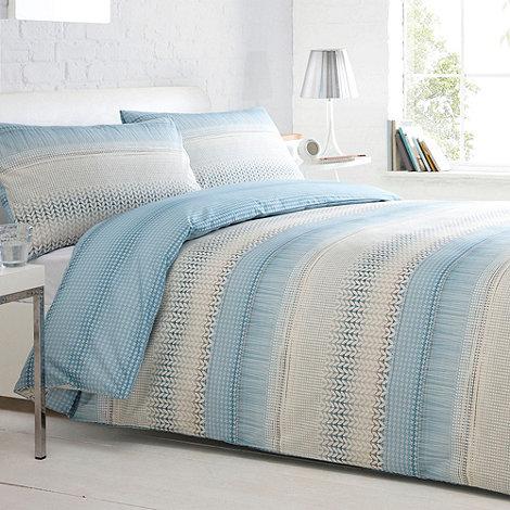 Home Collection Basics - Blue & cream +Madison+ bedding set