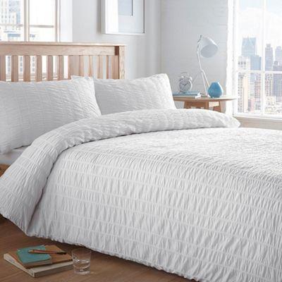 Home Collection Basics White Textured 39 Seersucker 39 Bedding Set Debenhams
