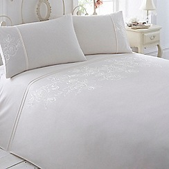 Debenhams - Cream 'Victoria' bedding set