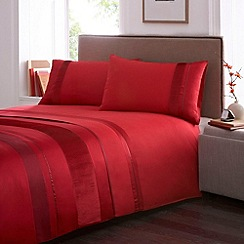Debenhams - Red 'Alisa' bedding set