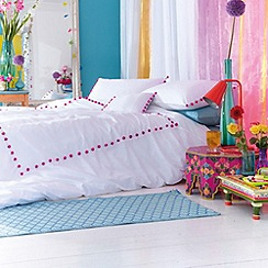Accessorize - Pink 'Pom pom' trim bedding set