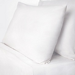 Debenhams - White polycotton plain dye fitted sheet and pillowcase set