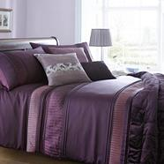 Purple 'Ontario' bed linen