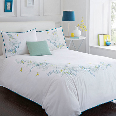 Debenhams - White +Fern+ bed linen