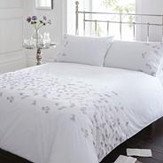 White 'Quinn' bedding set