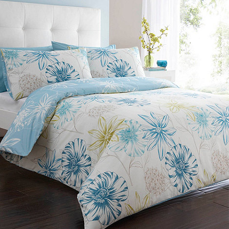 Debenhams - White +Passion Flower+ bedding set
