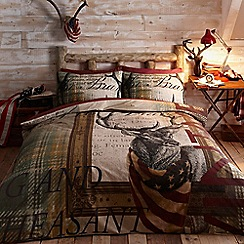 Home Collection - Red heritage 'stag' bedding set