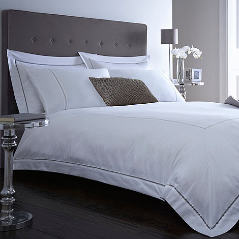 J by Jasper Conran - White +Templeton+ bed linen