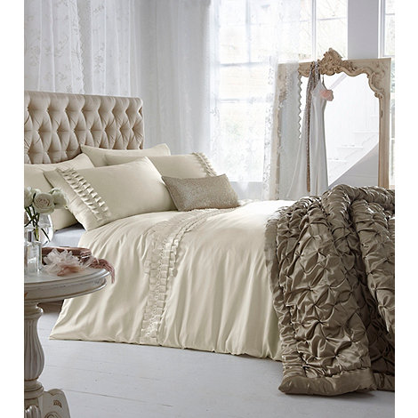 Star by Julien Macdonald - Cream +Roxie+ bed linen