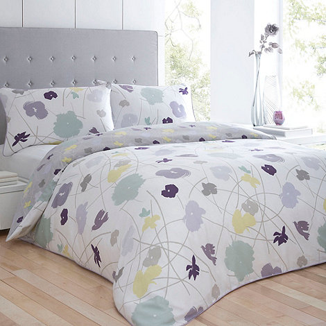 Betty Jackson.Black - White +Jennie Floral+ bed linen
