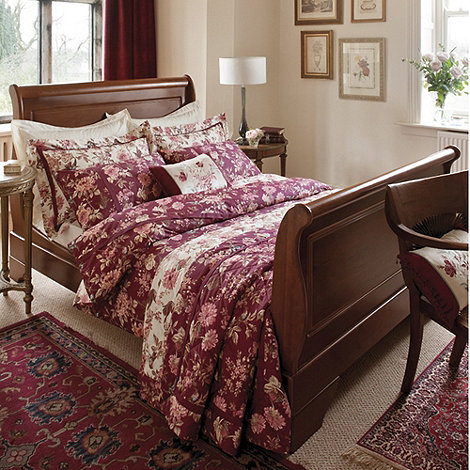 Dorma - Maroon +Tea Rose+ bed linen
