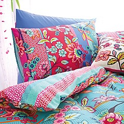 Accessorize - Blue & pink fable folksy bedding set