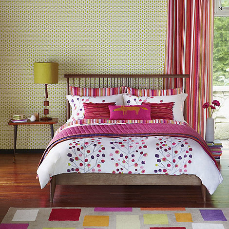 Scion - Pink berry tree bed linen