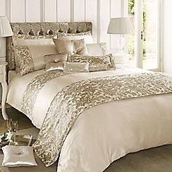 Kylie Minogue at home - Cream 'Eloise' bed linen