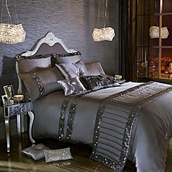Kylie Minogue at home - Grey 'Octavia' bed linen