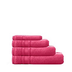Home Collection Basics - Bright pink 'Zero Twist' cotton towels