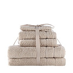 Home Collection Basics - Taupe super-soft cotton towel bale